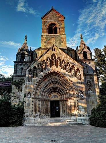 Chiêm ngưỡng 12 nhà thờ đẹp nhất thế giới - 9