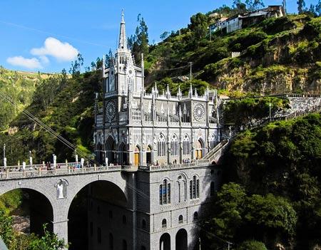 Chiêm ngưỡng 12 nhà thờ đẹp nhất thế giới - 8