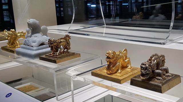 64 Bảo vật hoàng cung triều Nguyễn lần đầu về lại cố hương - 3
