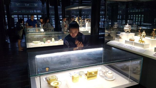 64 Bảo vật hoàng cung triều Nguyễn lần đầu về lại cố hương - 26