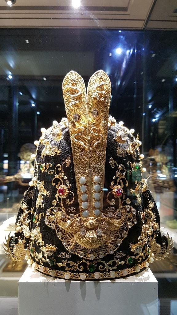 64 Bảo vật hoàng cung triều Nguyễn lần đầu về lại cố hương - 9