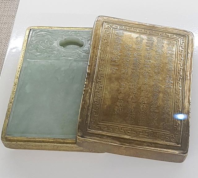 64 Bảo vật hoàng cung triều Nguyễn lần đầu về lại cố hương - 19