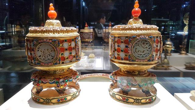 64 Bảo vật hoàng cung triều Nguyễn lần đầu về lại cố hương - 13