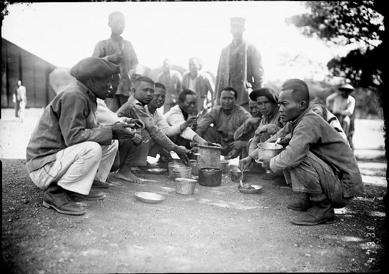 Soldats vietnamiens. Lính viễn chinh VN - 35