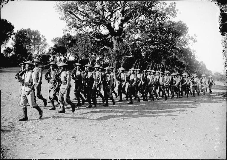 Soldats vietnamiens. Lính viễn chinh VN - 20