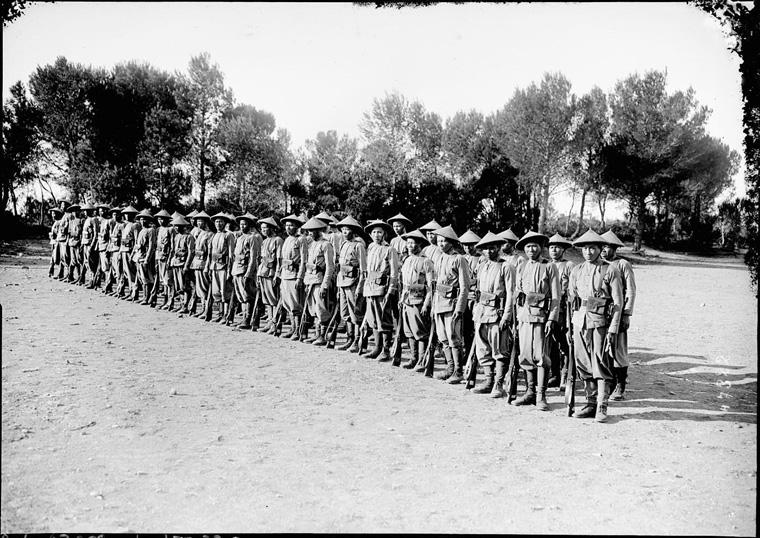 Soldats vietnamiens. Lính viễn chinh VN - 18