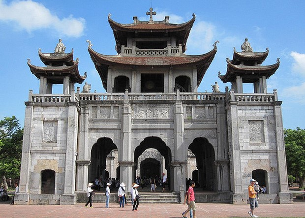 Top 5 nhà thờ cổ ở Việt Nam được biết đến nhiều nhất - 12