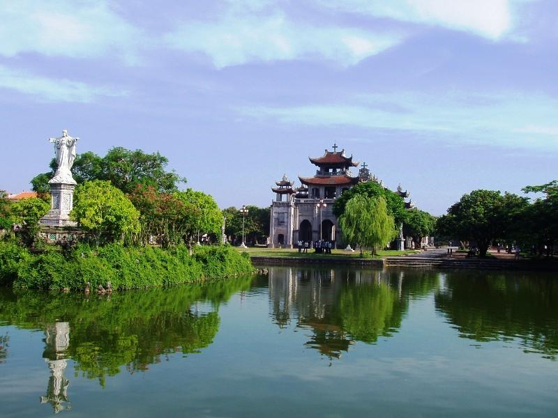 Top 5 nhà thờ cổ ở Việt Nam được biết đến nhiều nhất - 13