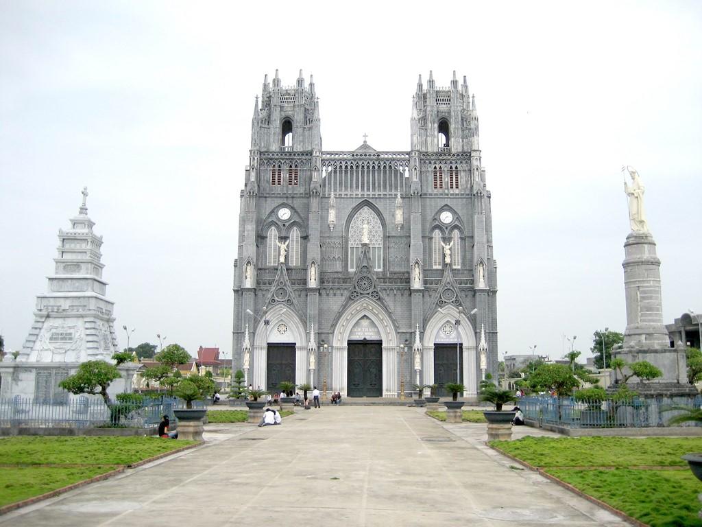 Top 5 nhà thờ cổ ở Việt Nam được biết đến nhiều nhất - 10