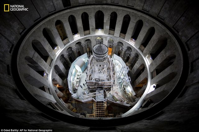 Cận cảnh hầm mộ chôn cất Chúa Jesus - 3