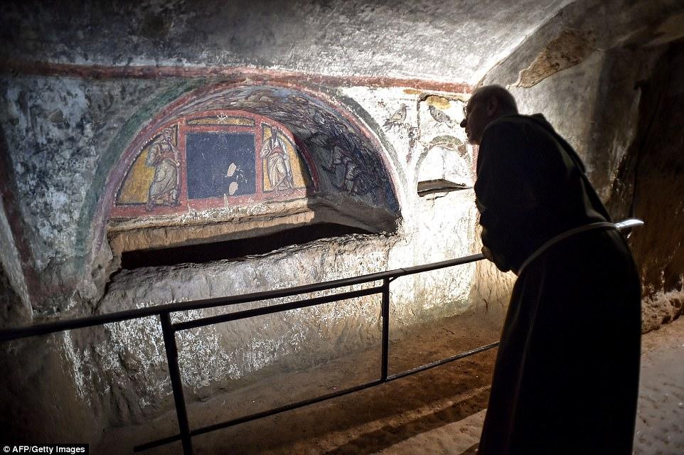 Thành phố ngầm huyền thoại của Kitô giáo ở Rome - 2