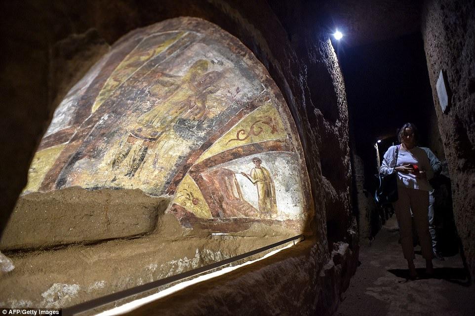 Thành phố ngầm huyền thoại của Kitô giáo ở Rome - 3