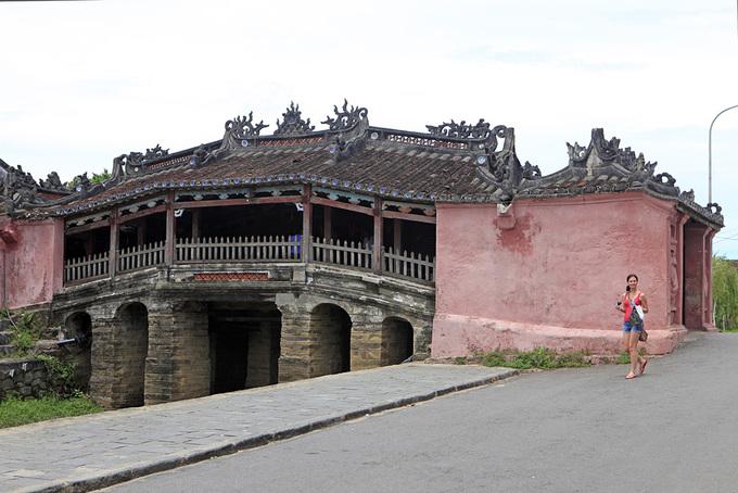 Những cây cầu ngói đẹp ở Việt Nam - 2