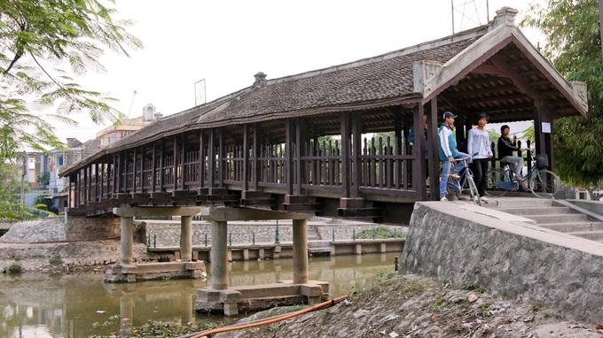 Những cây cầu ngói đẹp ở Việt Nam - 10
