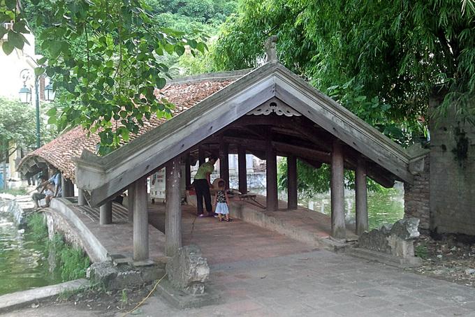 Những cây cầu ngói đẹp ở Việt Nam - 9
