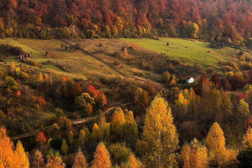 Vẻ đẹp kỳ diệu trên mảnh đất Transylvania huyền thoại - 5