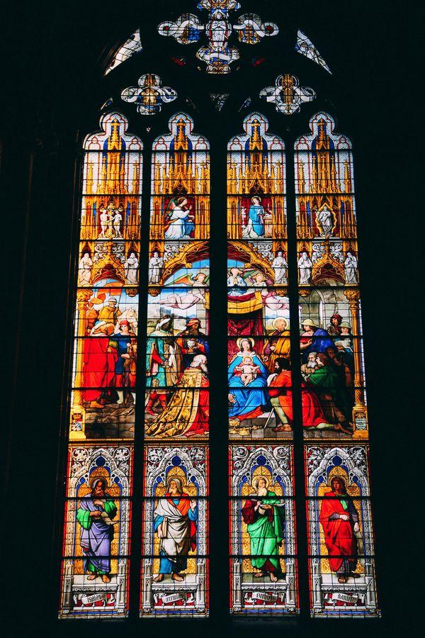 Nhà thờ kiến trúc Gothic đẹp nhất châu Âu - 3