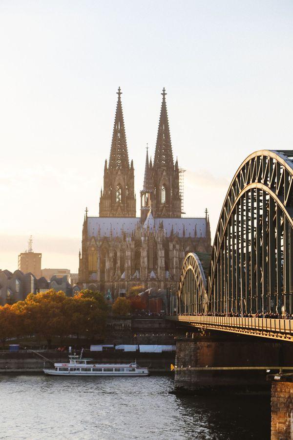 Nhà thờ kiến trúc Gothic đẹp nhất châu Âu - 1