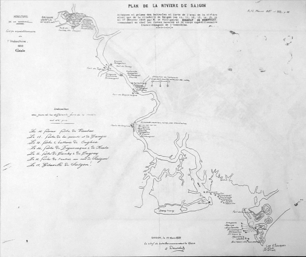 Đến Đường sách xem bản đồ và hình ảnh Sài Gòn xưa - 5