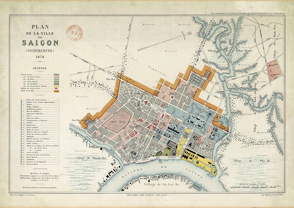 Đến Đường sách xem bản đồ và hình ảnh Sài Gòn xưa - 2