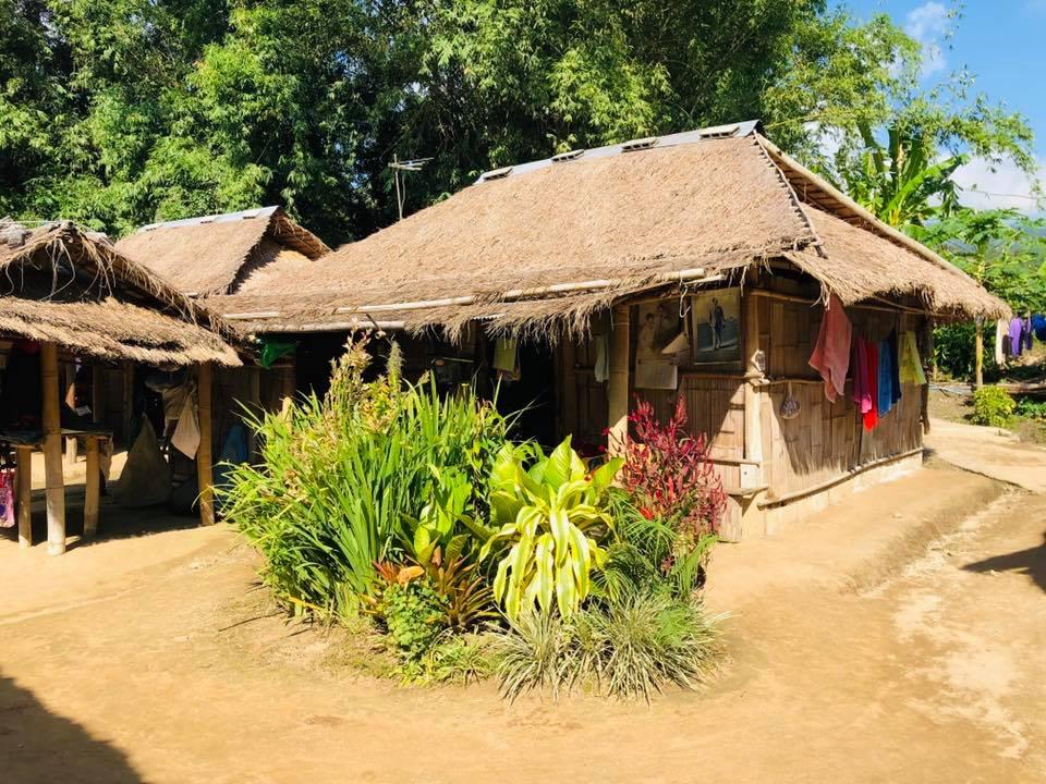 Thăm bộ tộc cổ dài Karen, Chiang Rai - 15
