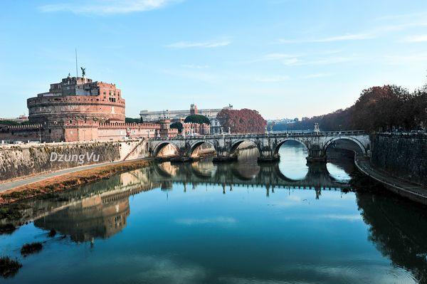 Ngắm hình bóng thời gian giữa không gian lãng mạn Roma - 5