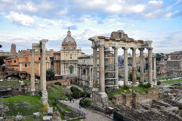 Ngắm hình bóng thời gian giữa không gian lãng mạn Roma - 6