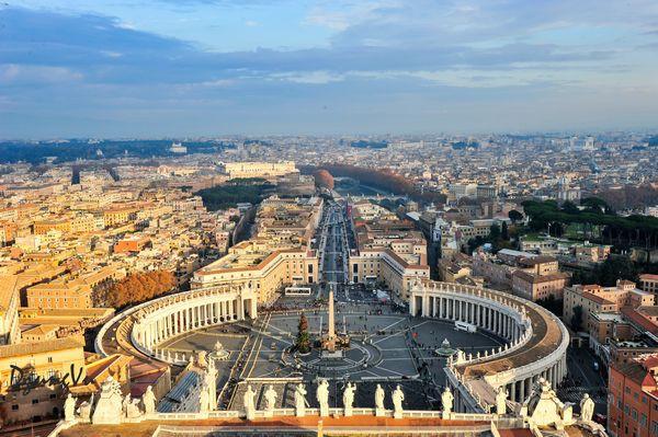 Ngắm hình bóng thời gian giữa không gian lãng mạn Roma - 1