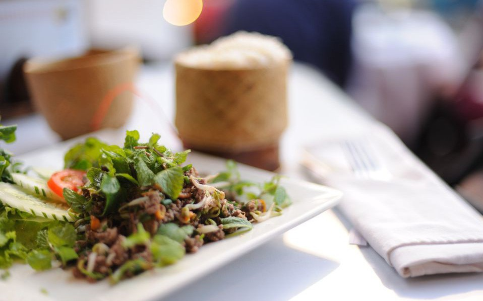 9 món ăn nhất định phải thử khi đến Lào - 1