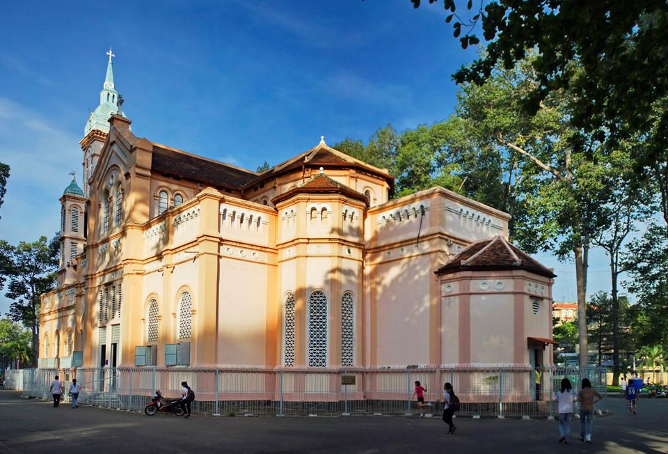 Những nhà thờ góp phần làm nên Sài Gòn đặc sắc - 8