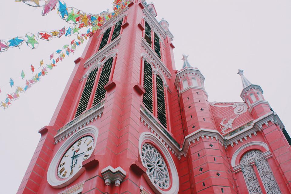 Những nhà thờ góp phần làm nên Sài Gòn đặc sắc - 17