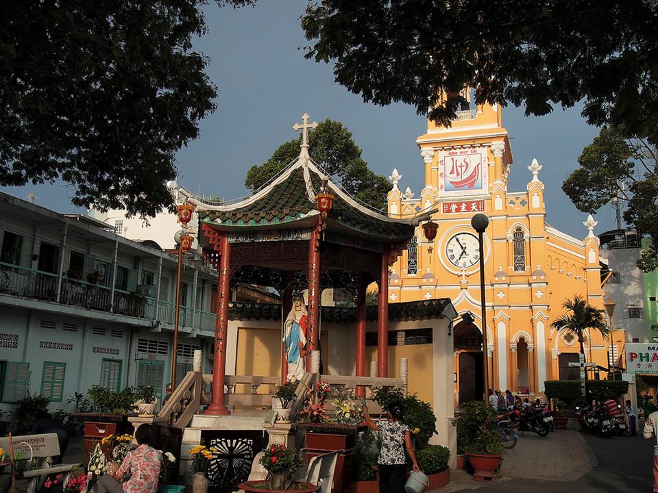 Những nhà thờ góp phần làm nên Sài Gòn đặc sắc - 11