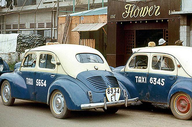Sài Gòn taxi màu xanh dương - 2