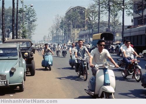 Phương Tiện Di Chuyển Của Người Việt Xưa - 21