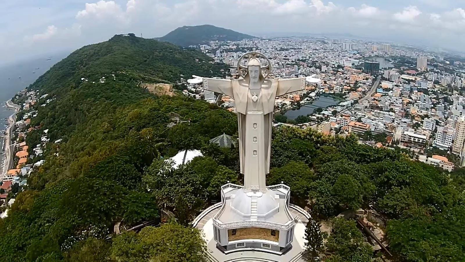 10 bức tượng Ðức Kitô đẹp nhất thế giới - 7
