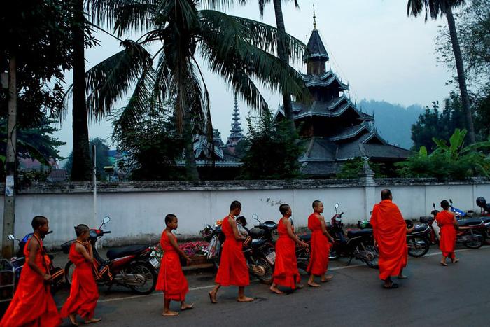 Nghi lễ 'Quy y cửa Phật' của những cậu bé xinh như hoa ở Thái Lan - 11
