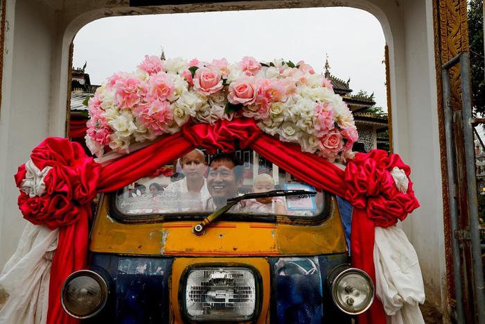 Nghi lễ 'Quy y cửa Phật' của những cậu bé xinh như hoa ở Thái Lan - 7