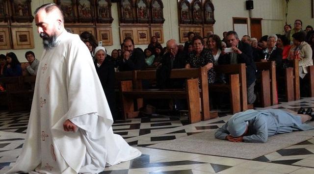 Cặp song sinh trở thành Linh mục và Nữ tu - 1