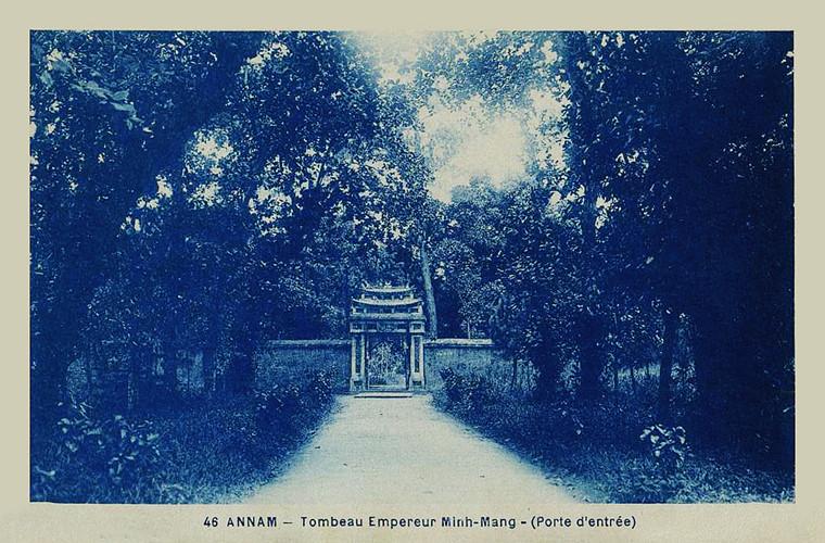 Lăng mộ các vua nhà Nguyễn 100 năm trước - 6