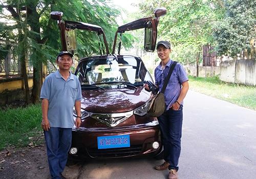 Người thợ chưa học hết lớp 9 chế tạo ôtô 'Made in Vietnam' - 1
