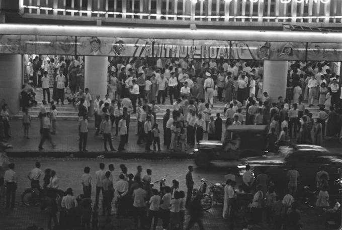 Ảnh đen trắng về Sài Gòn những năm 1960 của nhà báo Pháp - 2