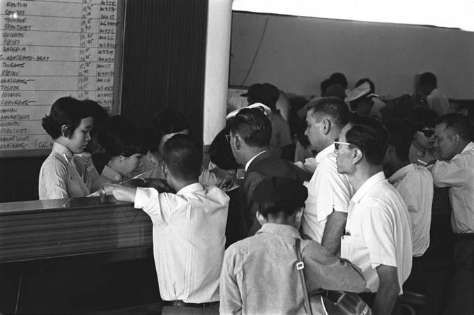 Ảnh đen trắng về Sài Gòn những năm 1960 của nhà báo Pháp - 7