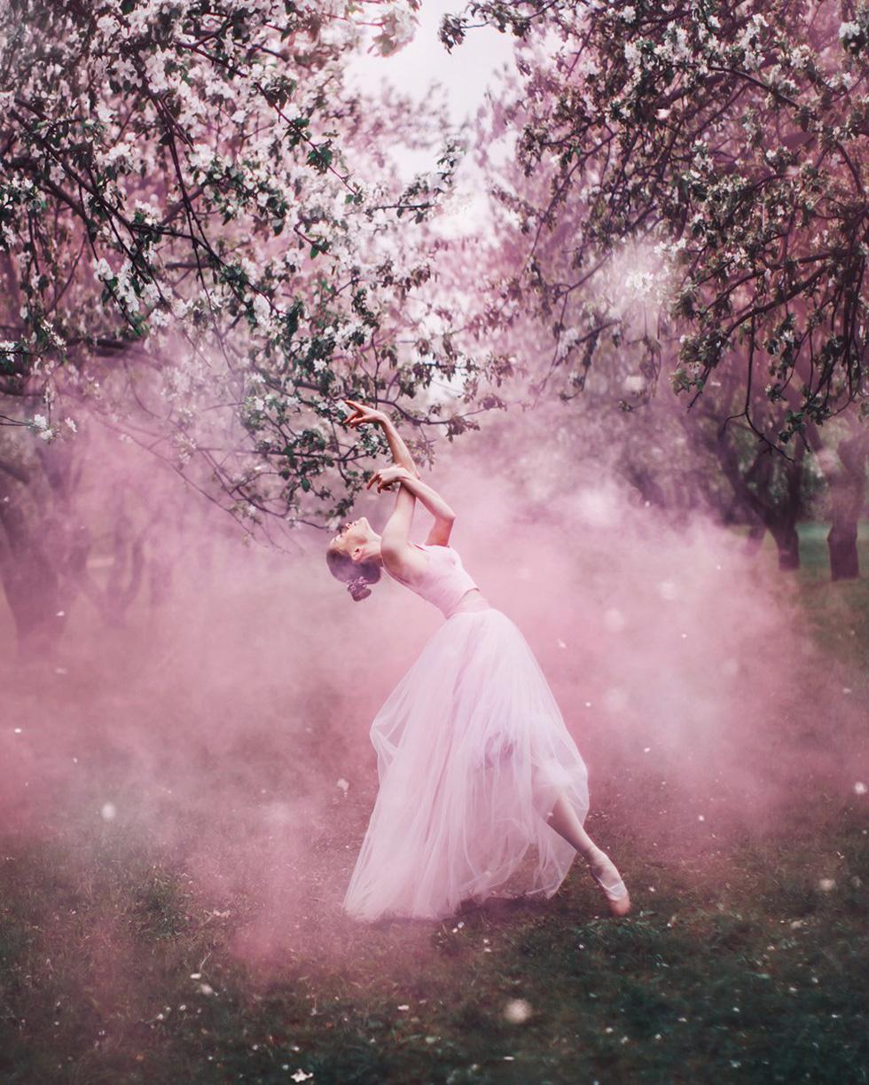 Cô gái lang thang khắp thế giới chụp ảnh đầy biến ảo - 11
