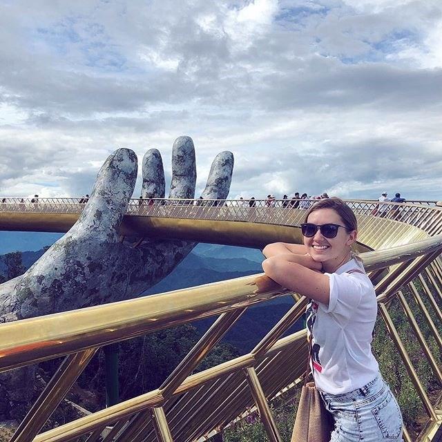 Ngắm cảnh từ cây cầu vàng được nâng đỡ bởi đôi bàn tay khổng lồ ở Đà Nẵng - 10