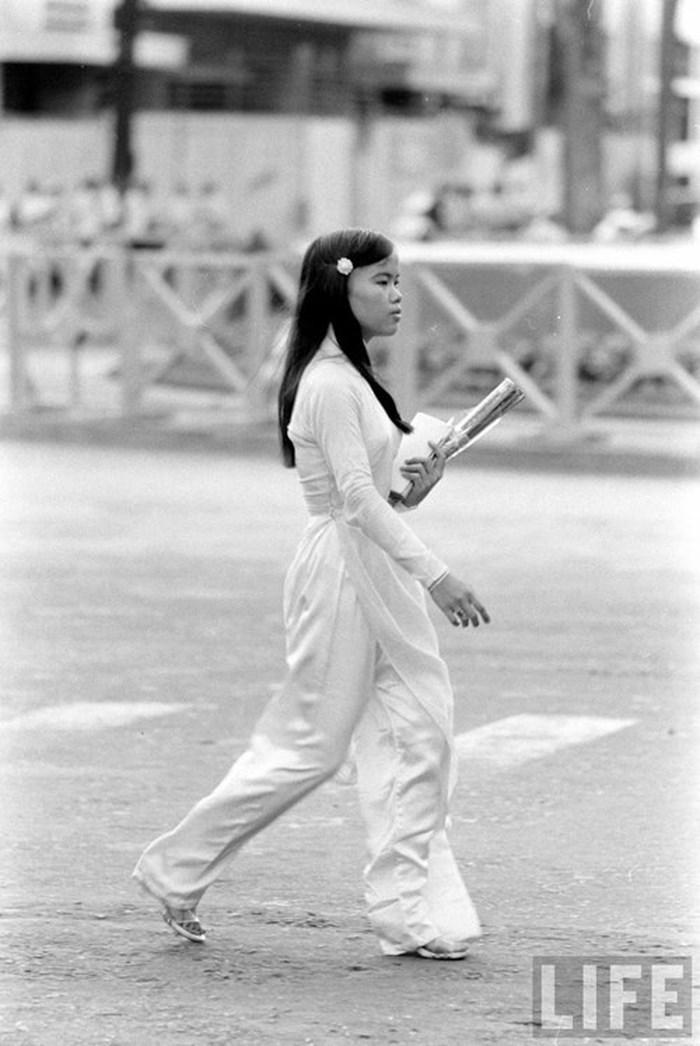 Nét đẹp đáng nhớ của phụ nữ Sài Gòn trước 1975 - 7