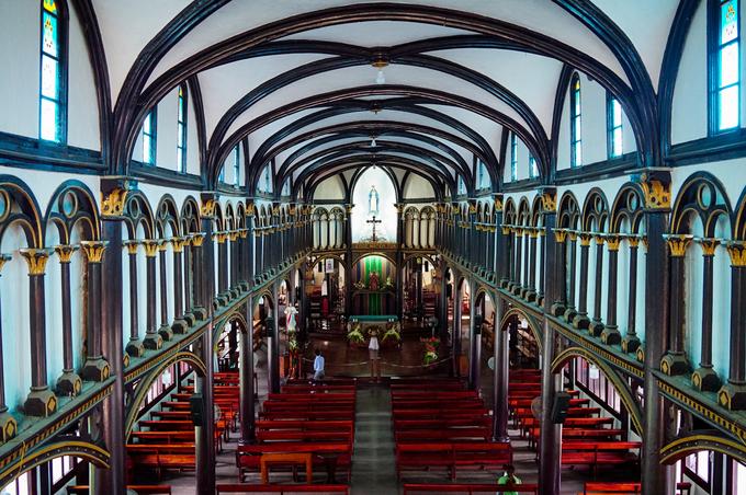 Hai công trình tôn giáo lâu đời làm bằng gỗ ở Kon Tum - 4
