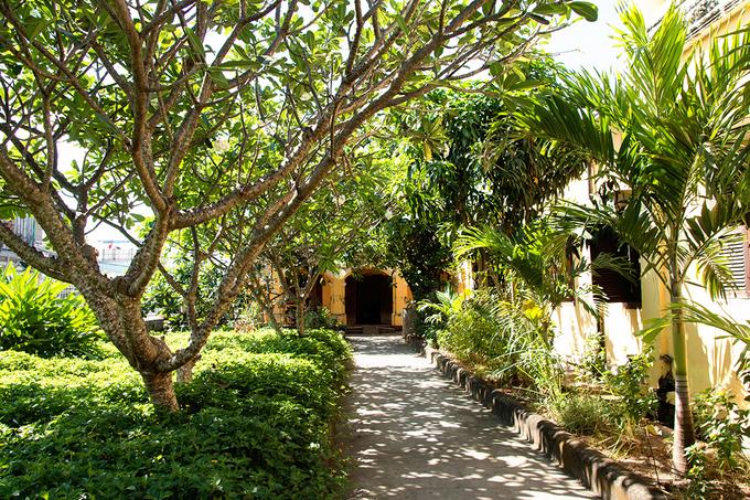 Vẻ đẹp xuyên thời gian của ngôi nhà hơn 100 năm tại Tiền Giang - 2