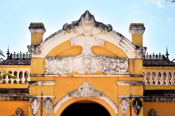 Vẻ đẹp xuyên thời gian của ngôi nhà hơn 100 năm tại Tiền Giang - 4
