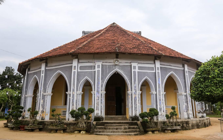 Nhà thờ Mằng Lăng nơi lưu giữ cuốn sách quốc ngữ đầu tiên - 4