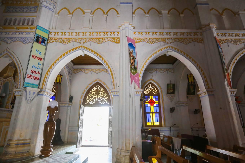 Nhà thờ Mằng Lăng nơi lưu giữ cuốn sách quốc ngữ đầu tiên - 11